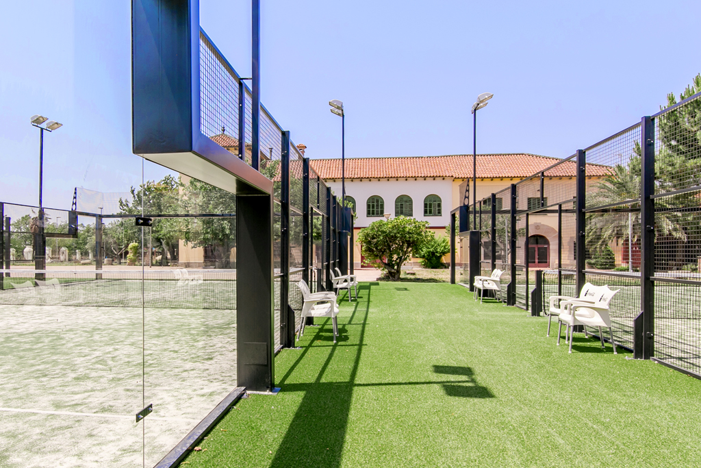 PADEL COURT ALL GLASS
